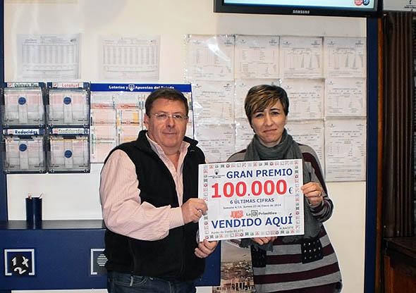 Miguel A. González de Albacete da un premio de 100.000€ en el JOKER