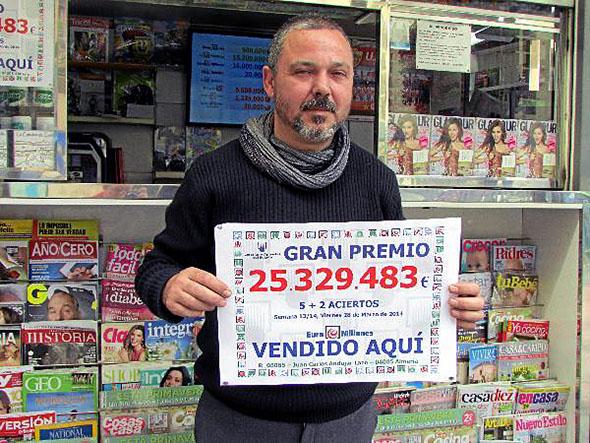 Juan Carlos Andujar de la Asociación de Almería, de más de 25 millones del Euromillón del día 28 de Marzo.