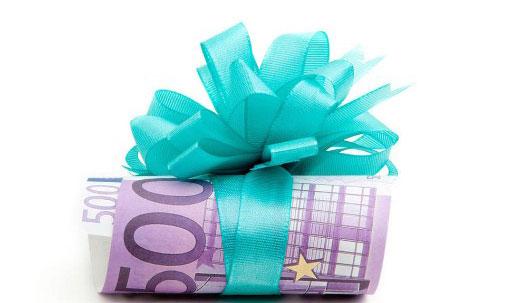 Ganadores de lotería que compartieron su premio por una buena causa