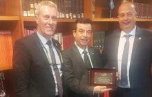 FENAMIX entrega una placa conmemorativa a D. Manuel Izquierdo, el que fuera Presidente de ANAPAL