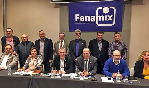 La reelección de Toni Castellano como Presidente de FENAMIX, en portada en AzarPlus
